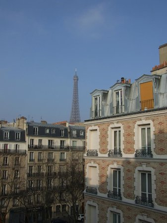 Hotel Relais Bosquet Paris: Eiffel Tower from our room