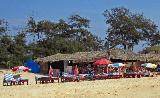 Q-Ba Beach Bar and Restaurant