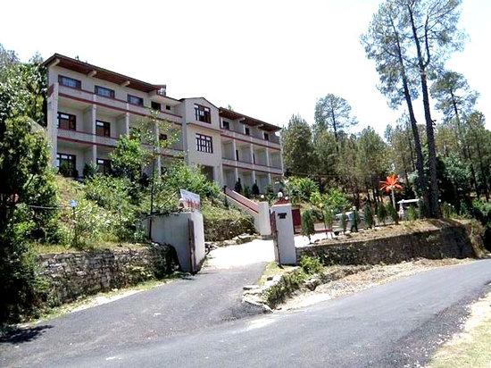 United-21 Nanda Devi Mountains