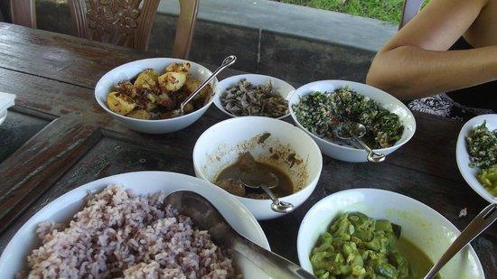 Taragala Place: The food!