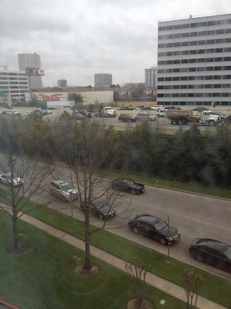 Sheraton Suites Houston Near The Galleria: view from 4th floor room (bad weather)