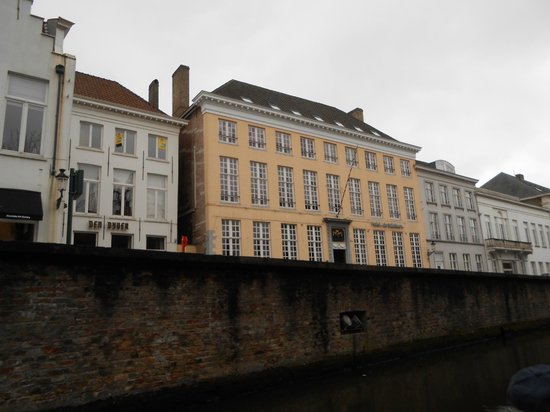 Hotel De Tuilerieen: View from canal trip