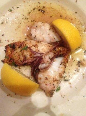 Uncle Nick's Greek Cuisine: Grilled Calamari