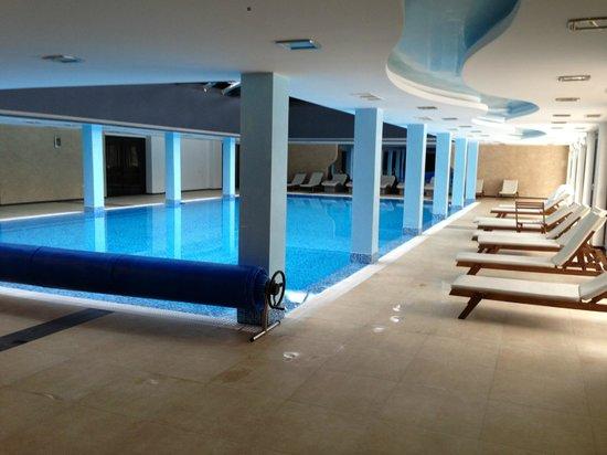 Saint George Palace : Pool