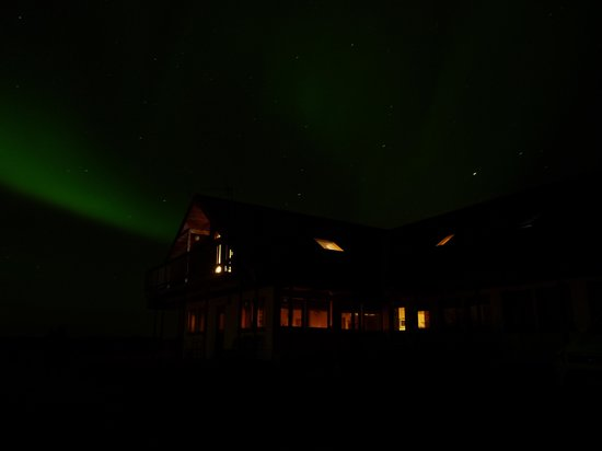 Hotel Hafnarfjall: Our experience of the Northern Lights over Hotel Bru.