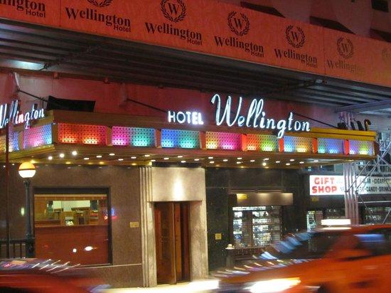 Wellington Hotel: Entrada