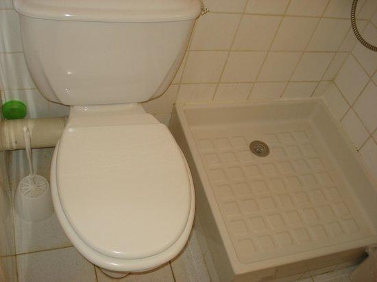 Hotel les Troenes: Bagno ripulito da me