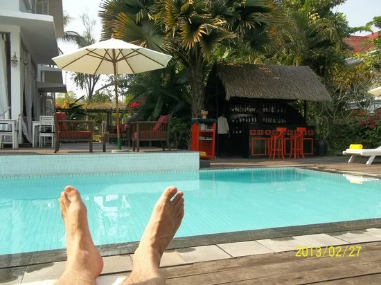 Maison Souvannaphoum Hotel : Relaxed by the pool!