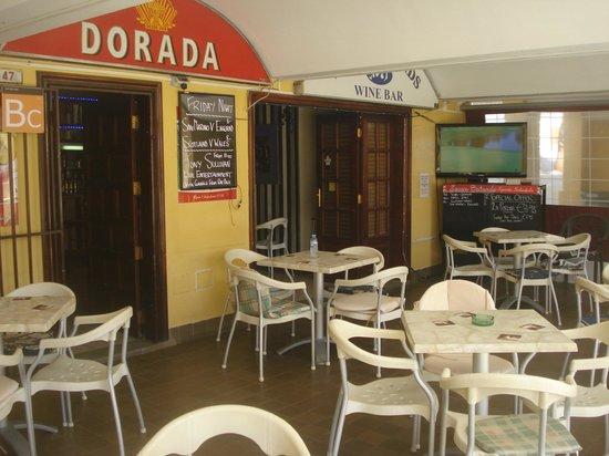 Seven Islands Sports Bar