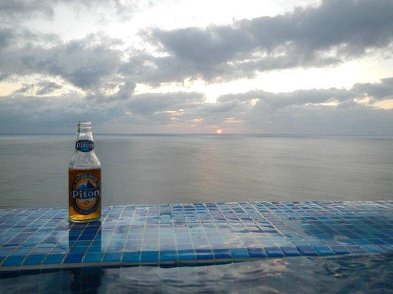 Windjammer Landing Villa Beach Resort : plunge pool view