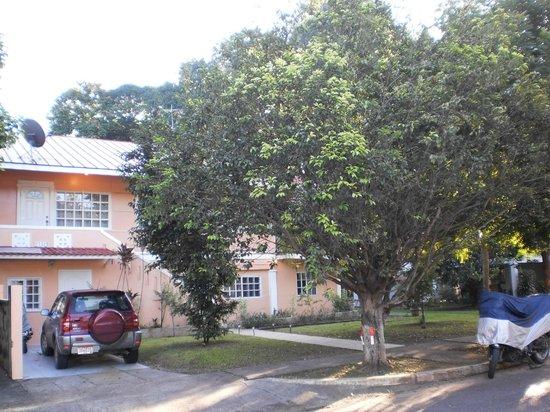 Jamraka Homestay: Einfahrt/Eingang