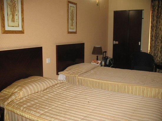 Versailles Hotel: Один из номеров