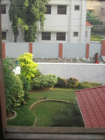Pleasant Stay Guest House: View from our Window