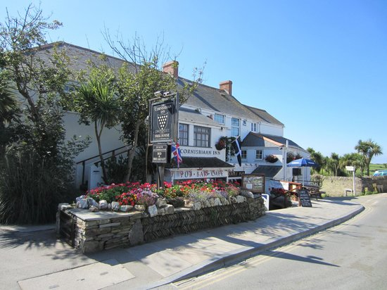 Cornishman Inn Tintagel: Front of Inn