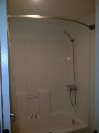 Dolphin Key Resort : Nice Bathroom