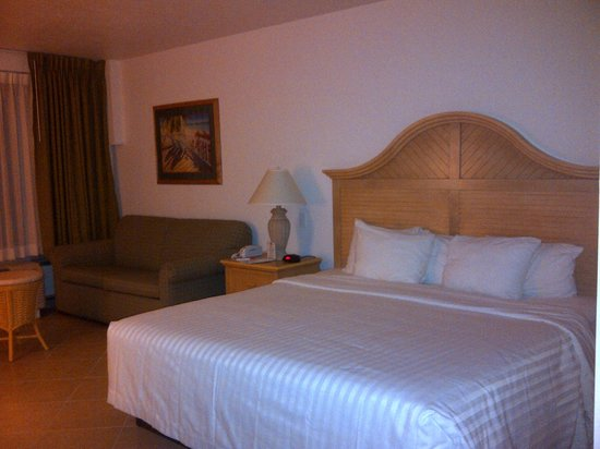Dolphin Key Resort : Big Rooms