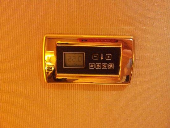 Hotel Exe Majestic : clime individuale digitale, silenzioso e comodo