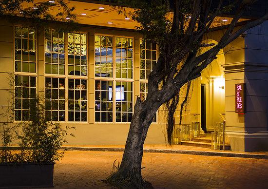 Salsipuedes Restaurant & Bar