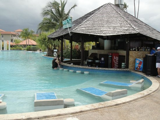 Melia Coco Beach: Pool Bar