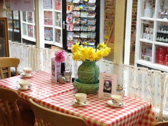 Emporium Tea Room: Tea room
