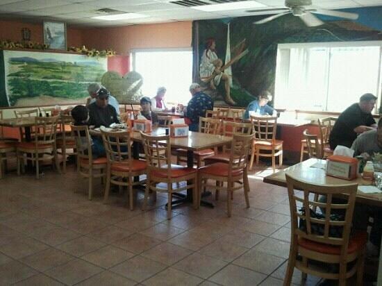 Taqueria Chihuaua: Dining area