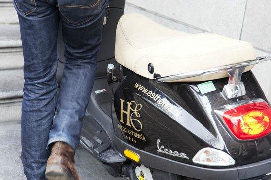 Hotel Estherea: Scooter rental