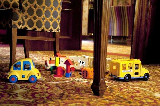 Hotel Estherea: Toys