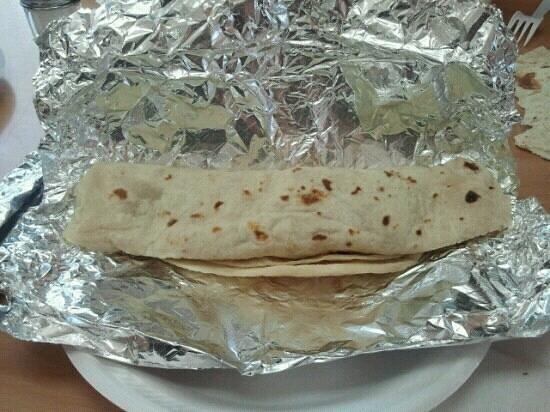 Taqueria Chihuaua: Hugemungous, delicious tacos!