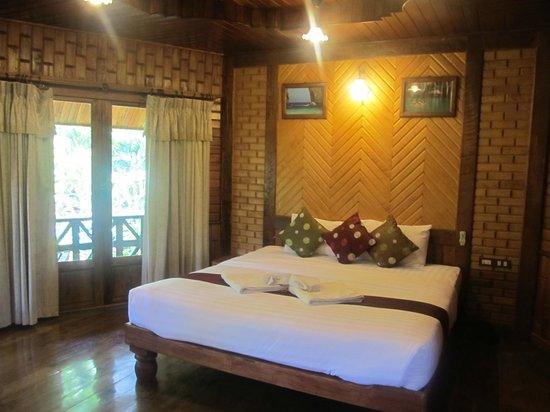 Phu Pha Ao Nang Resort and Spa: Our room