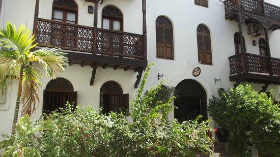 Asmini Palace Hotel: Architecture