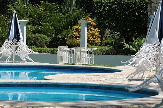Hotel Nututun Palenque: Pool