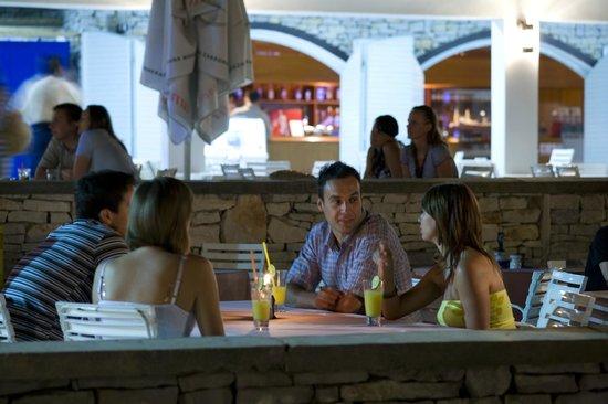 Marina Hotel: Marina Cocktails @ Pool area