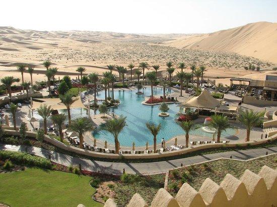 Qasr Al Sarab Desert Resort by Anantara: Оазис
