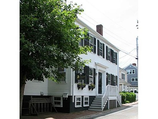 The Pineapple Inn Exterior 3