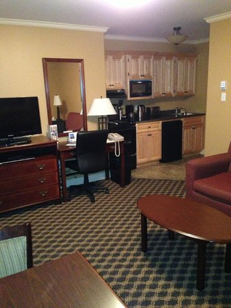 Royal Inn + Suites : View of kitchen from living room area