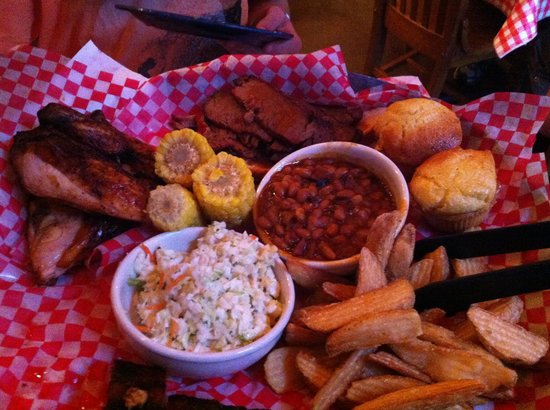Famous Dave's Barbeque: The feast for two (: