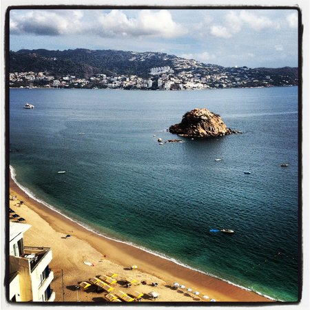 Old Acapulco!! Beautiful!!
