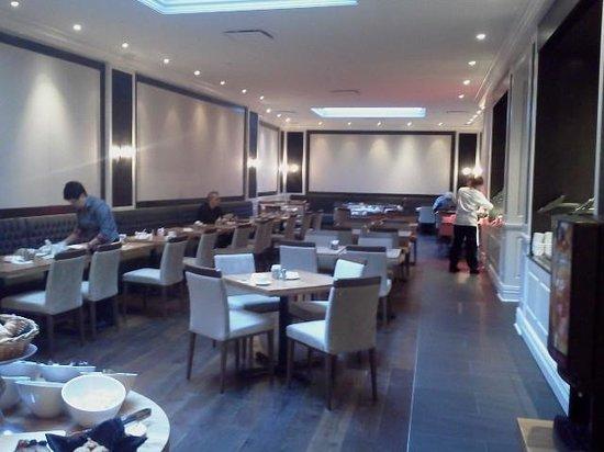 Hotel Manoir Victoria: Salle à manger