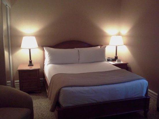 Hotel Manoir Victoria: Chambre standard