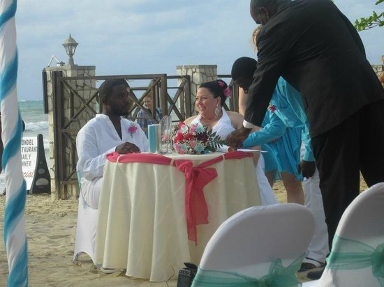 Rondel Village: Signing the marriage certificate