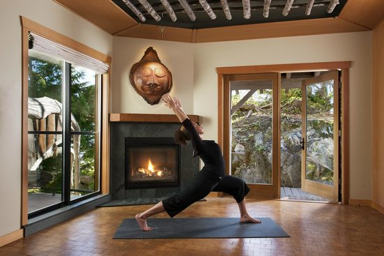 Wickaninnish Inn and The Pointe Restaurant: Rainforest Haven Yoga