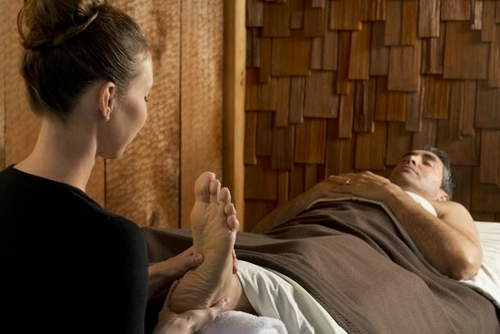 Wickaninnish Inn and The Pointe Restaurant: Ancient Cedars Spa Reflexology