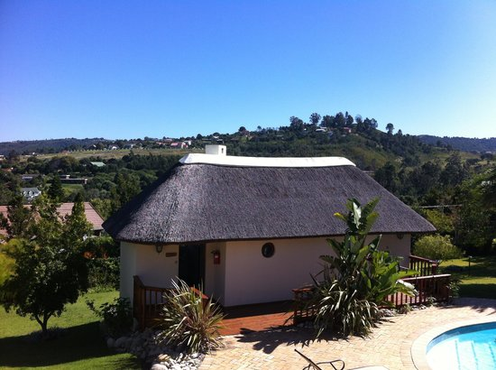 Knysna Country House: Detached cottage room