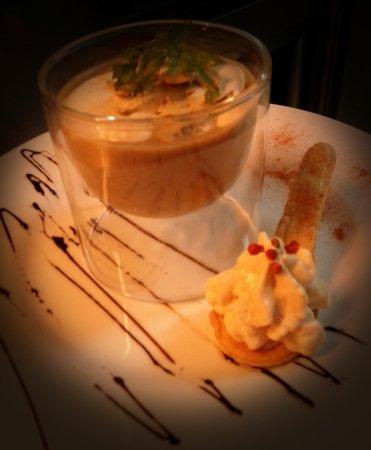 L'Alchimie Restaurant: fantaisie de foie gras et son cappuccino de champignons