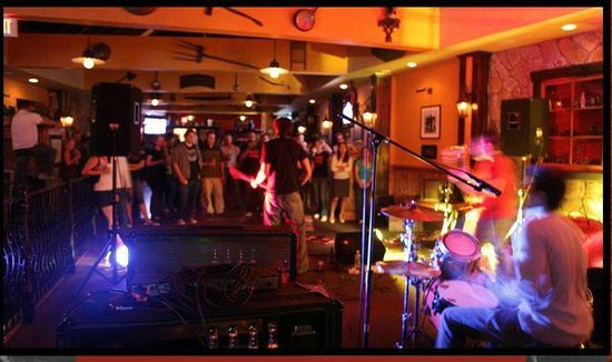 Grasshopper off the Green: Live Music