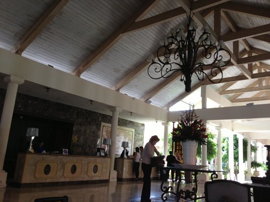 Gran Melia Golf Resort Puerto Rico: Front Desk / Lobby