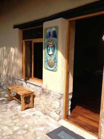 Willka T'ika Luxury Wellness Retreat: Entrance to room