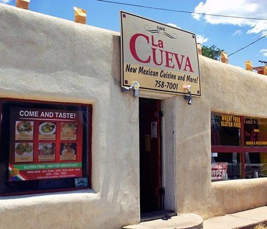 La Cueva Cafe