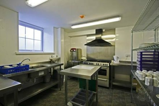 Capel Pisgah: kitchen