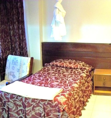 Methodist Guest House: single bed